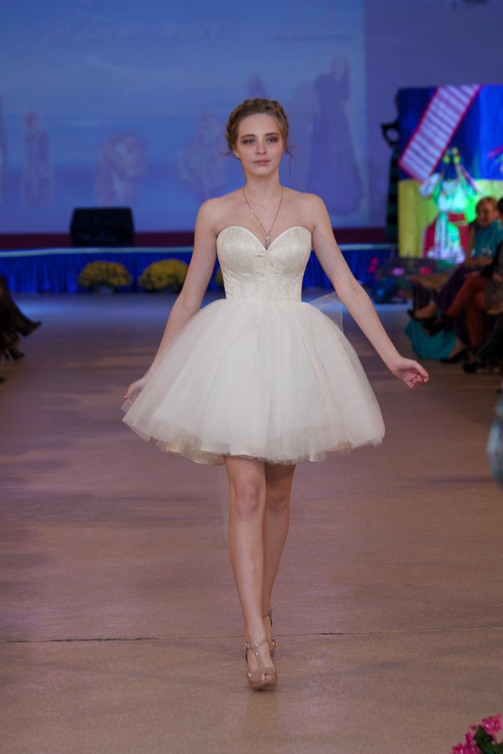 Благотворительный показ мод Odessa fashion wave 2014. Дизайн Карина Коробчинская