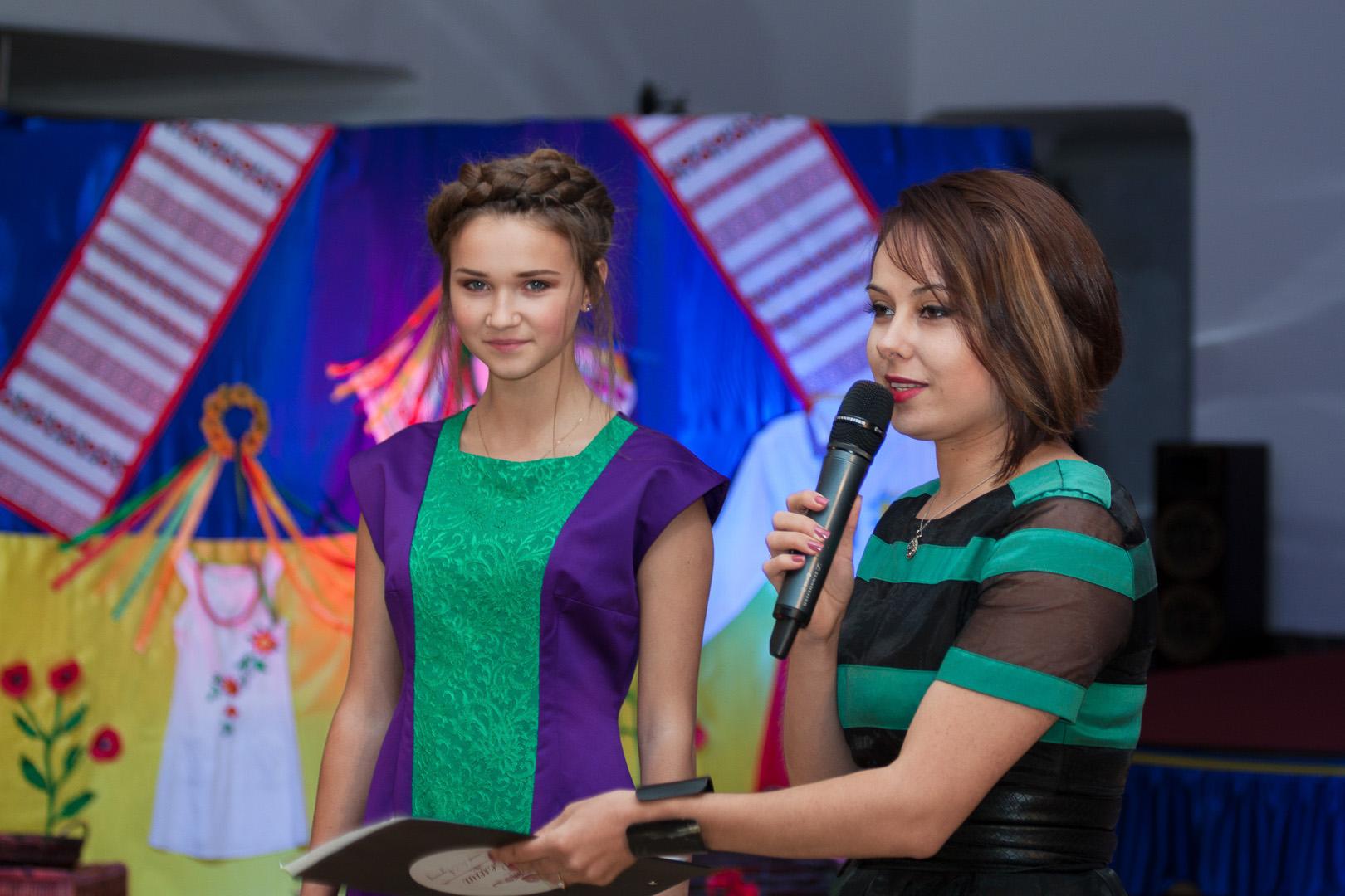 Благотворительный лот на аукцтоне OdessaFashionWave от Карины Коробчинской