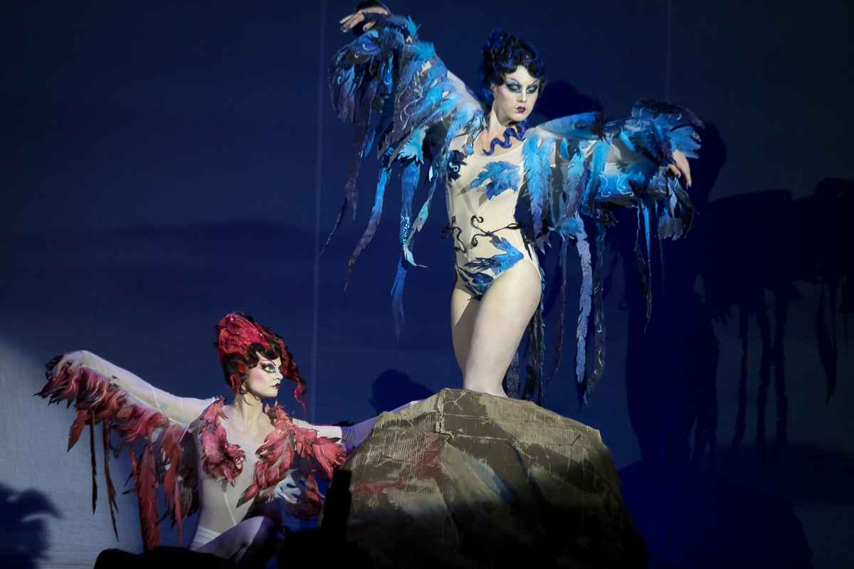 Images of sirens in Erte's style