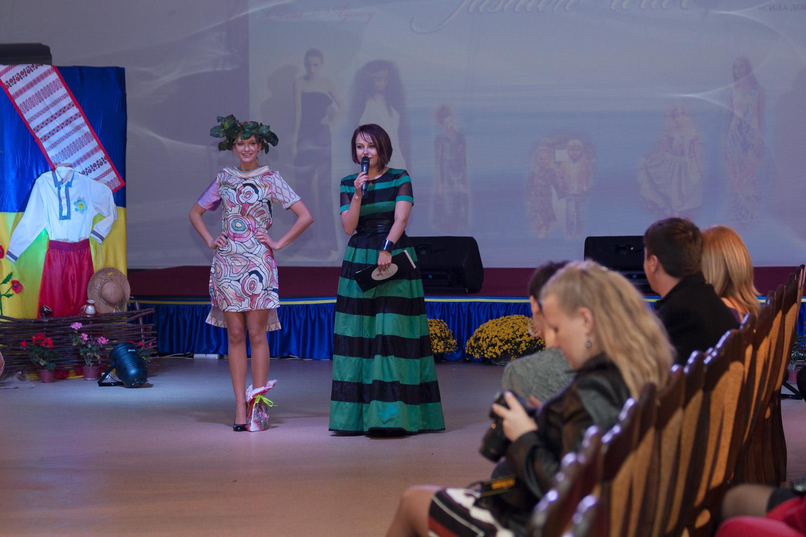 Благотворительный лот из коллекции Владимира Уманенко на Odessa fashion wave.2014.